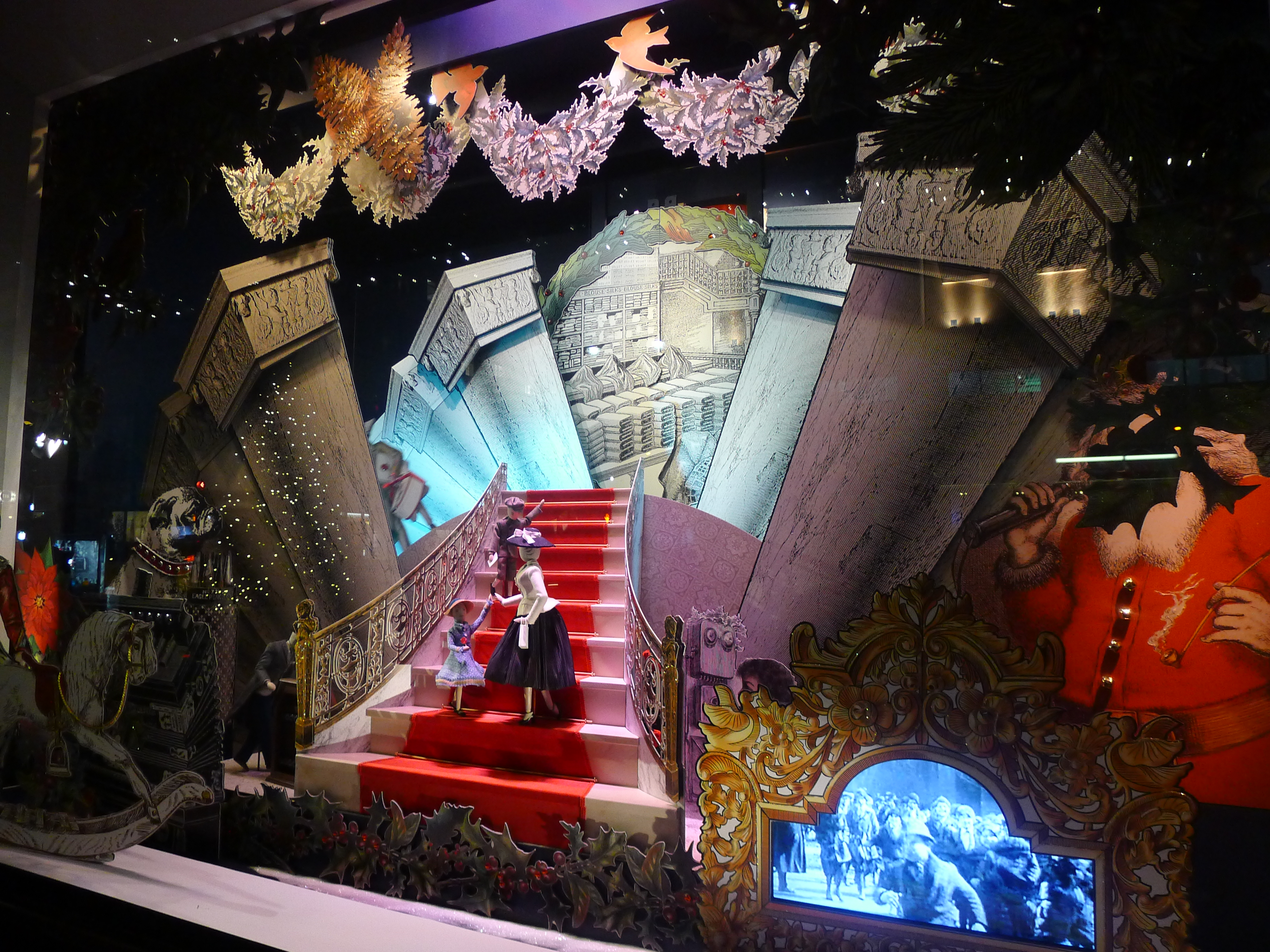 Visited the christmas window displays today 39 s the day i for Christmas day in new york